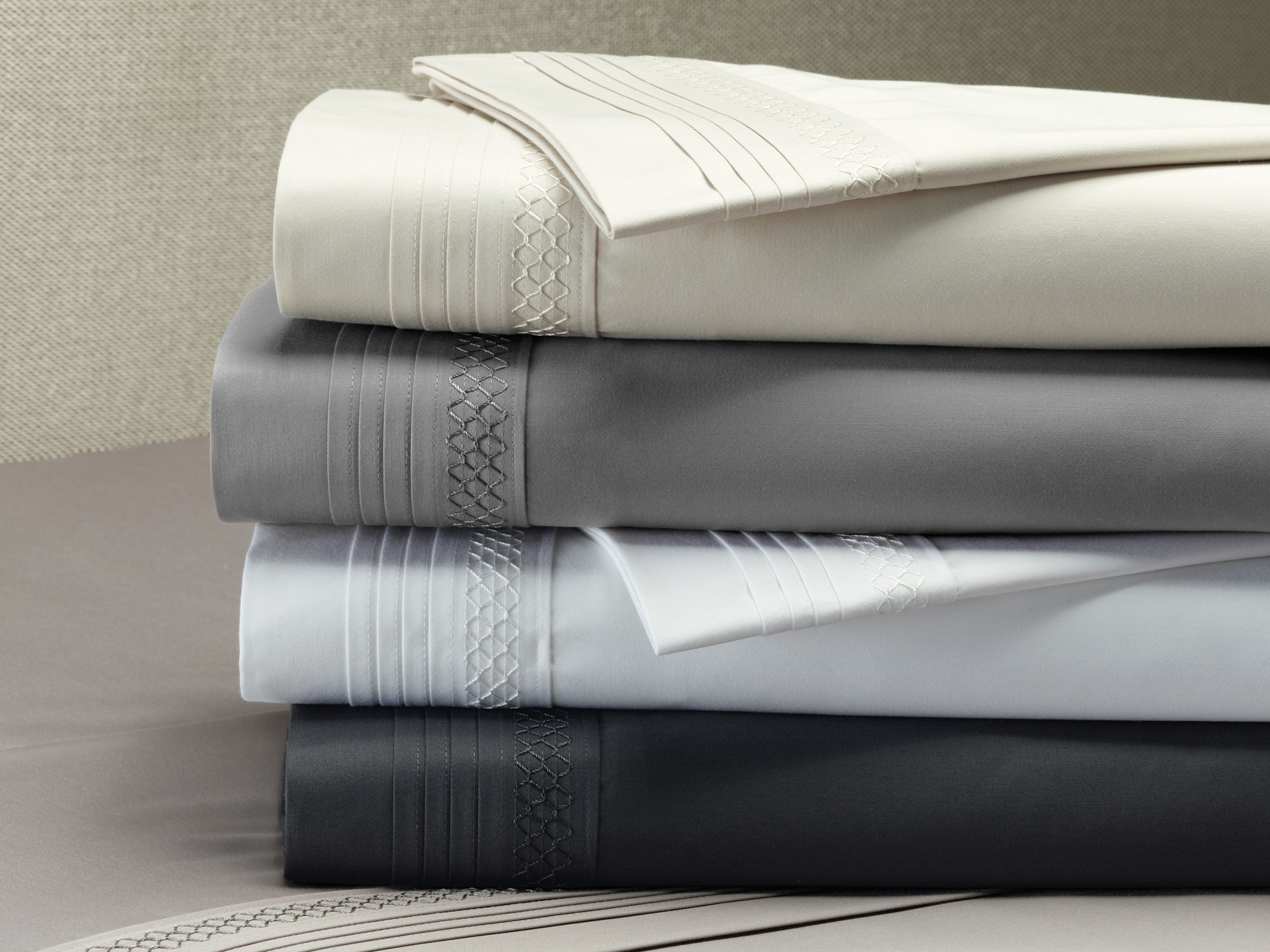 About white 1000tc egyptian cotton complete bedding collection sheet - New White Style Amp Co Smocking 1000tc Egyptian