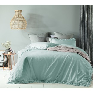 Furniture homewares online at beautiful prices temple for Au maison quilts