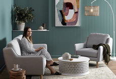 How to re-decorate your living room on a budget