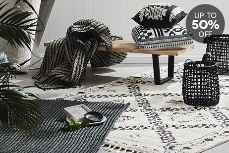 Monochrome Rugs & Decor