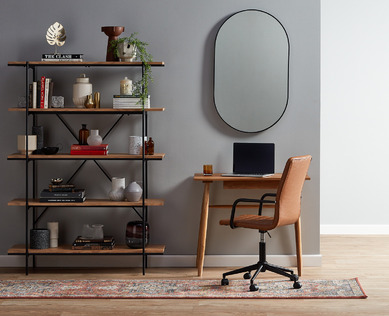 Simple Corner Office Nook