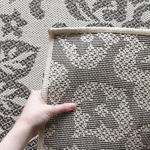 Indoor outdoor fine damask design rug cream temple webster for Indoor network design