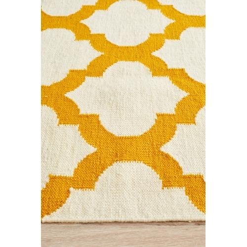 Flat Weave Quatrefoil Rug Gold Ivory