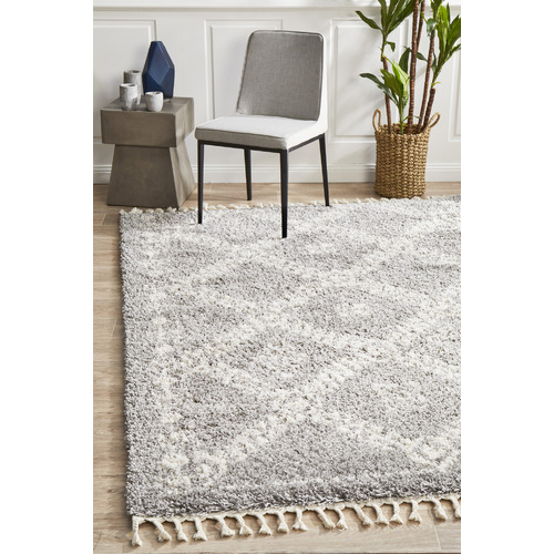 Network Rugs Silver & Ivory Rabia Fringed Tribal-Style Rug