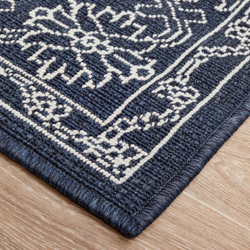 Navy & White Traditional Power-Loomed Outdoor Rug