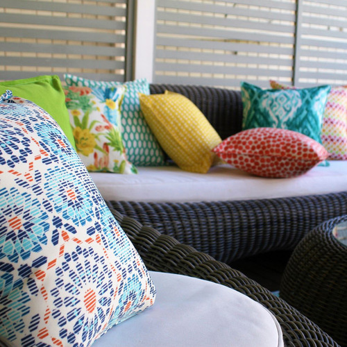 Bungalow Living Blue Riad Tile Outdoor Cushion