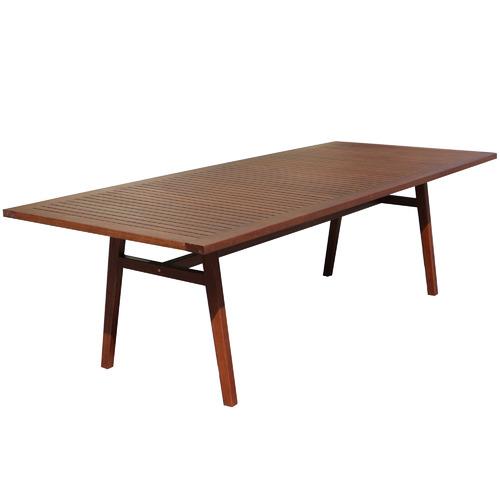 Maya Outdoor Furniture 10 Seater Idaho Eucalyptus Outdoor Dining Set