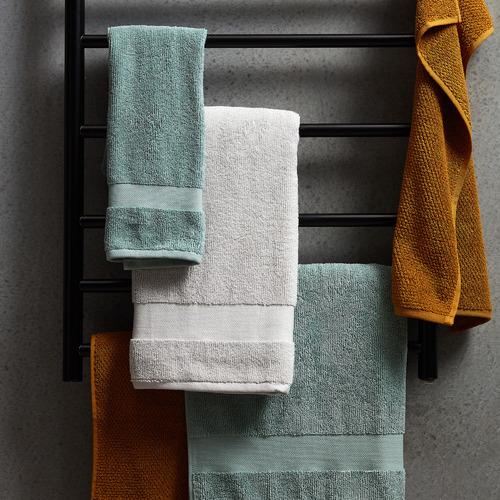 Expert Homewares Matte Black Stainless Steel 7 Bar Electric Heated Towel Rack