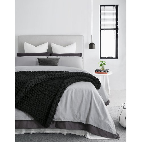 Accessorize Black Chunky Knit Throw