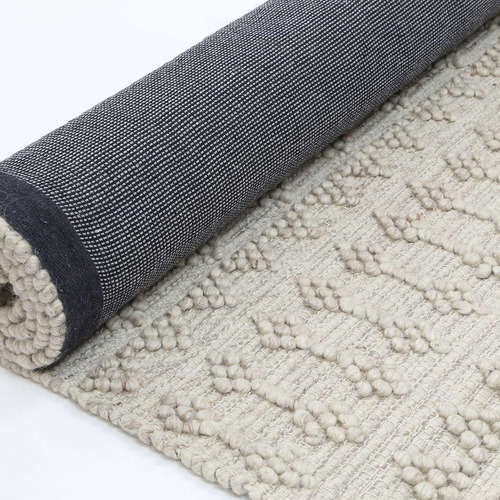 Natural Aztec-Style Flat Weave Wool-Blend Rug