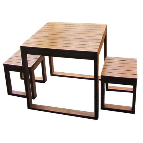 Belva Furniture Exemplar 3 Piece Outdoor Table Set