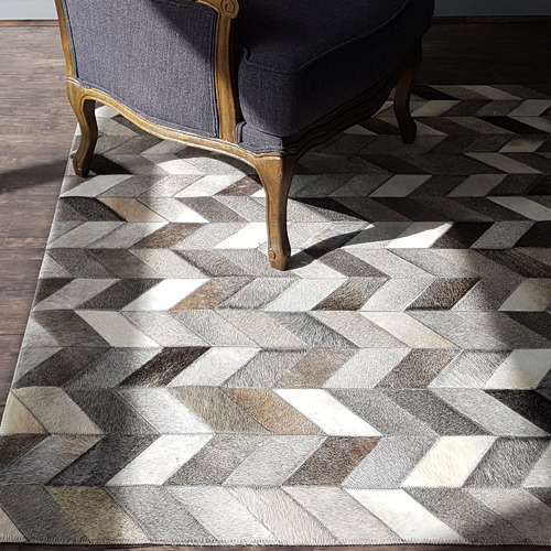 Dotts Rugs Neutral Patchwork Cowhide Contemporary Rug