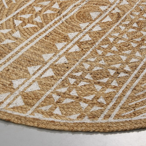 Linea Furniture White Printed Tamia Round Jute Rug