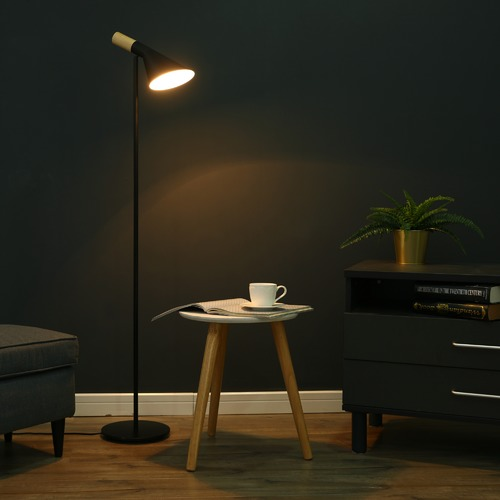 Sherwood Lighting Morgan Floor Lamp