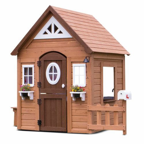 Kids Step 2 Cedar Wood Cubby House