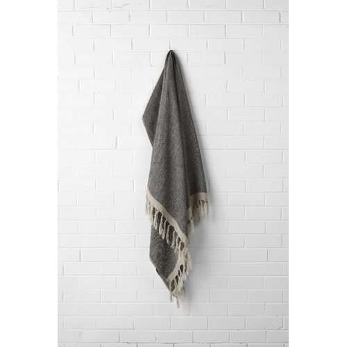 Aura By Tracie Ellis Chambray Linen Throw