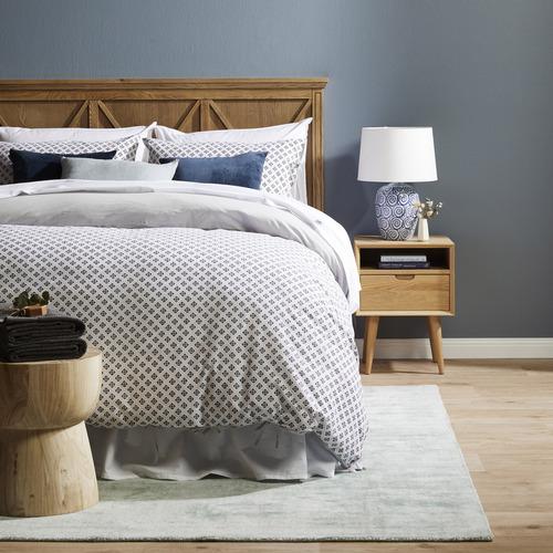 Canvas & Sasson Manto Poplar Wood Queen Bedhead