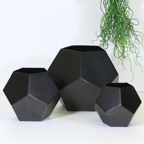 Capeview Interiors 3 Piece Black Iron Pentagon Vase Set
