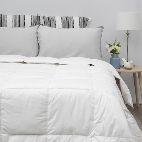 Tontine White Duck Feather & Down Quilt