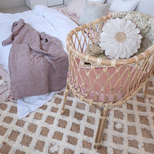 Amigos de Hoy Cream Flora Round Cotton Cushion