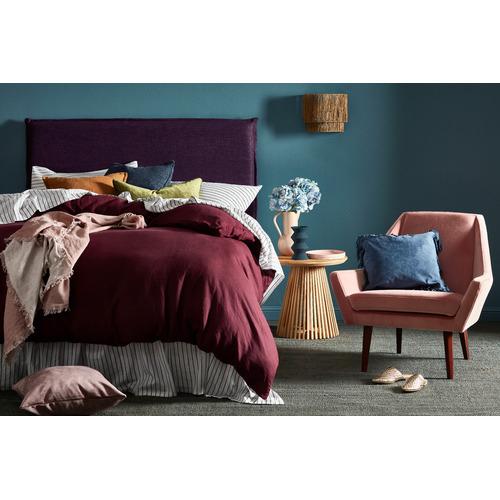 Roma-Velvet-Rectangular-Cushion-R17134
