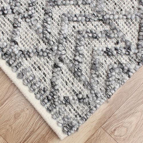 Grey Maddox Hand-Woven Indoor Outdoor Rug