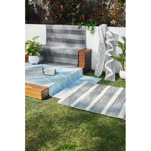 Temple & Webster Charcoal Regent Hand-Woven Indoor/Outdoor Rug