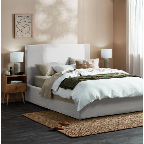 Whitehaven Slipcover Queen Bed