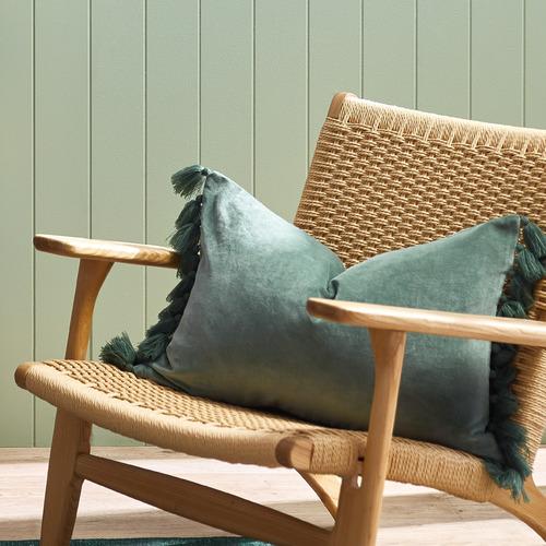 Minnie-Tasselled-Velvet-Cushion