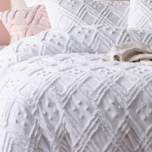 Park Avenue White Medallion Cotton Quilt Cover Set