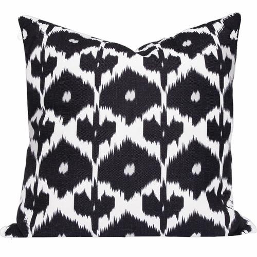 Cushion Bazaar Black Ikat Kristine Cushion