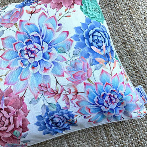 Accepting Platinum Outdoor Cushion Cover