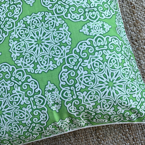 Bubbly Platinum Outdoor Cushion Cover
