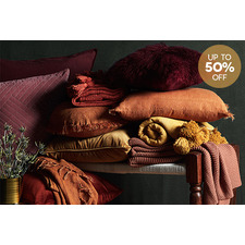 Textural cushions & throws