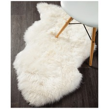Natural White Sheepskin Rug