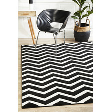 Modern Chevron Design Black/White Rug