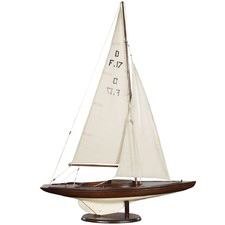 Dragon Olympic Sail Racer Model in French
