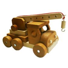 Q Toys Wooden Crain