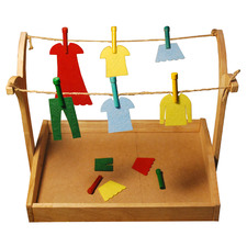 Q Toys Wooden Hanging Montessori Clothes Play Set