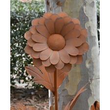 Rusty Metal Chrysanthemum Garden Ornament