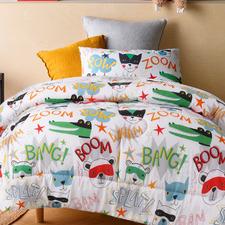 Super Hero Glow-In-The-Dark Comforter Set