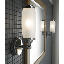Toledo Single Wall Light and Glass Shade in Chrome