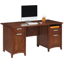 Magellan Executive Desk