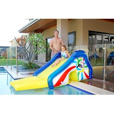 Jumbo Pool Slide with Sprayers