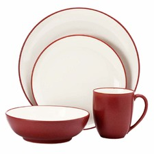 16 Piece Colorwave Raspberry Dinner Set