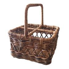 Natural Auvela Picnic Basket
