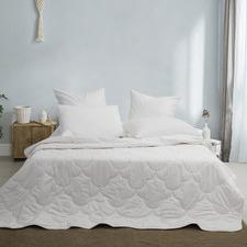 White Summer Cotton Quilt