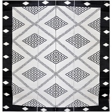 Troy Outdoor Rug in Black & Cream