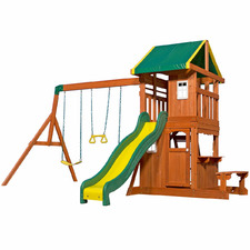 Step 2 Oakmont Wooden Play Centre