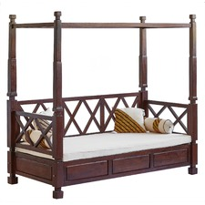 4 Poster Day Bed